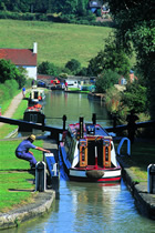 routes for boating and holidays afloat in England