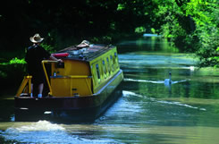 boating vacations on the canals and rivers of England, Scotland and Wales